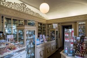 Farmacia Algostino De Michelis, interno ex profumeria Binfa, 2017 © Archivio Storico della Città di Torino