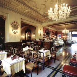 Caffè Torino, interno, Fotografia di Marco Corongi, 2005 ©Politecnico di Torino
