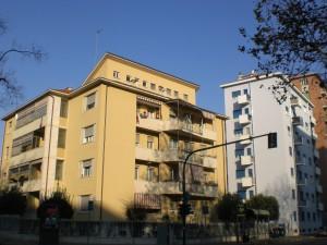 Case Incis (Istituto nazionale per le case degli impiegati statali) ora ATC Torino (Agenzia Territoriale per la Casa della Provincia di Torino), corso Peschiera