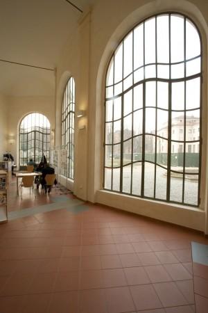 Interno dell'orangerie di villa Amoretti, dopo i restauri. Fotografia di Roberto Goffi, 2006.