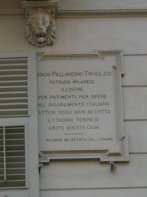 Lapide dedicata a Giorgio Pallavicino Trivulzio. Fotografia di Elena Francisetti, 2010. © MuseoTorino.