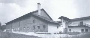 Foto storica della manica occidentale della cascina Falchera. © EUT 6.
