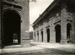Quartieri Militari, via del Carmine e via dei Quartieri visti da sud. Fotografia di Mario Gabinio, 28 settembre 1926. © Fondazione Torino Musei - Archivio fotografico.