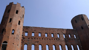 La Porta Palatina (1). Fotografia di Plinio Martelli, 2010. © MuseoTorino.