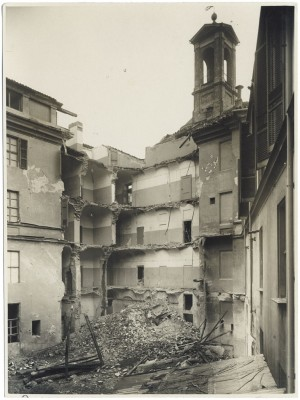 Via Genova 8, Chiesa di S. Michele Arcangelo. Effetti prodotti dall'incursione aerea dell'8 novembre 1943. UPA 4133_9E04-23. © Archivio Storico della Città di Torino