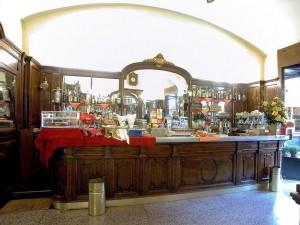 Bar Nostradamus, già caffè Cernaia