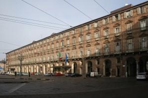 Il prospetto alfieriano su Piazza Castello. Fotografia di Enrico Lusso, 2010