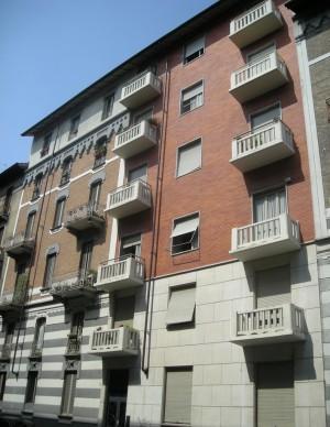 Edificio di civile abitazione in via Aurelio Saffi 6