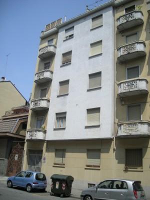 Edificio di civile abitazione in via Limone 16