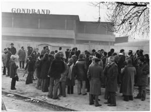 Manifestazione in via Cigna dell'11 gennaio 1976. ASCT, fondo Gazzetta del Popolo, sez. I-1426. © Archivio Storico della Città di Torino