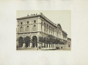 Stazione di Porta Nuova. Fotografia Brogi. © Archivio Storico della Città di Torino