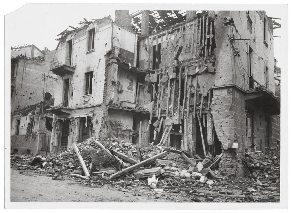 Museotorino scheda danni di guerra le industrie for 1 case di storia