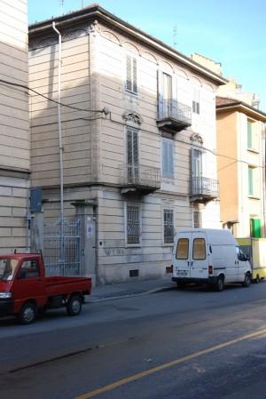La palazzina di via Foroni 4. Fotografia di Giuseppe Beraudo, 2011.
