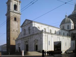 Piazza San Giovanni pedonalizzata, Duomo. Fotografia di Angela Caterini, 2015