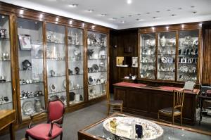 Cepollini Marchesa di F.lli Sestini, Argenti e preziosi, interno. Fotografia di Giovanni Gallo
