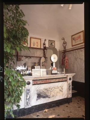 Ex Macelleria Curletti, bancone, 1998 © Regione Piemonte