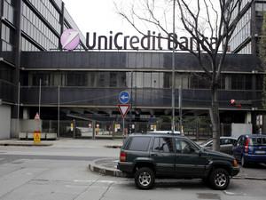 Ex stabilimento produttivo RIV, sede dell'Unicredit Banca