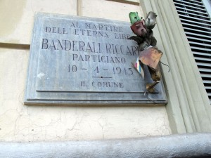 Lapide dedicata a Riccardo Banderali (1921 - 1945)