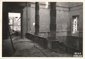 Regia Università, Via Po 17. Effetti prodotti dai bombardamenti dell'incursione aerea del 13 luglio 1943. UPA 3633_9E01-25. © Archivio Storico della Città di Torino/Archivio Storico Vigili del Fuoco