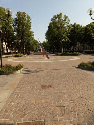 Orologio solare, Piazza Solferino. Fotografia del 2020