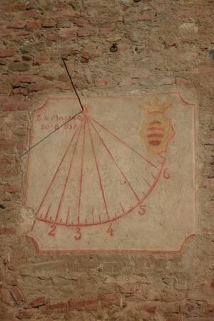 Orologio solare, Castello-Cascina della Saffarona