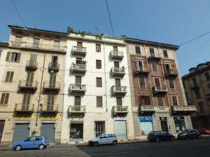 Edificio ad uso civile abitazione e negozi in via Dante di Nanni 54