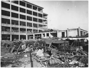 Via Nizza. Stabilimento FIAT Lingotto. Effetti prodotti dai bombardamenti dell'incursione aerea del 30 novembre 1942. UPA 2462_9C03-19. © Archivio Storico della Città di Torino
