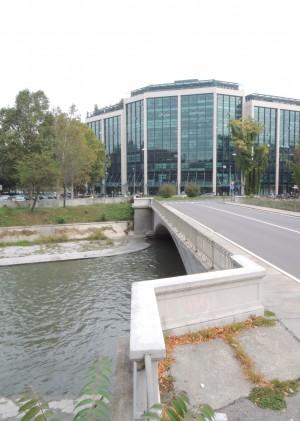 Ponte Emanuele Filiberto, vista della carreggiata. Fotografia di Edoardo Vigo, 2012.