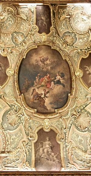 Il ricco decoro del soffitto di una delle sale di Palazzo Barolo. Fotografia di Mattia Boero, 2010. © MuseoTorino.
