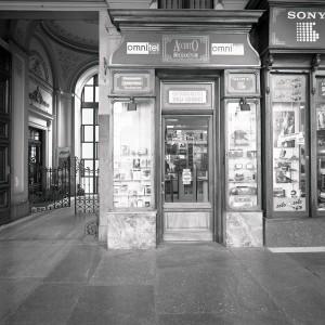 ex Acchito, video-stereo; ex Angelo Sciamengo, pasticceria, esterno, 1998 © Regione Piemonte