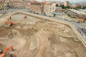 Il cantiere durante lo scavo archeologico, cantiere Lavazza, 2014 © Soprintendenza Archeologia del Piemonte