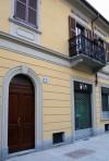 L'edificio del circolo combattenti Monte San Michele è stato recentemente ristrutturato. Fotografia di Paolo Coccorese, 2010.