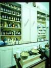 Farmacia Algostino De Michelis, laboratorio, 1996 © Regione Piemonte