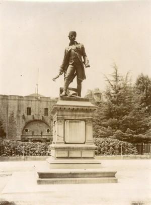 Giuseppe Cassano (1825-1905), Monumento a Pietro Micca. Fotografia di Mario Gabinio, 29 maggio 1926. © Fondazione Torino Musei - Archivio fotografico.