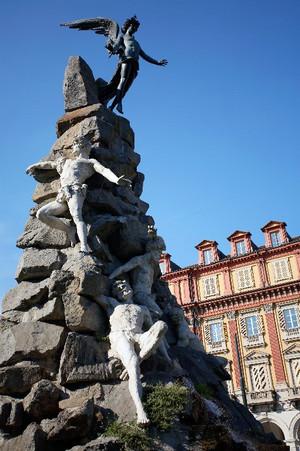 Il monumento al traforo del Frejus (particolare). Fotografia di Mattia Boero, 2006. © MuseoTorino.
