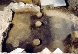 Particolare della pavimentazione dell'ambiente riscaldato con le suspensurae, © Soprintendenza per i Beni Archeologici del Piemonte e del Museo Antichità Egizie