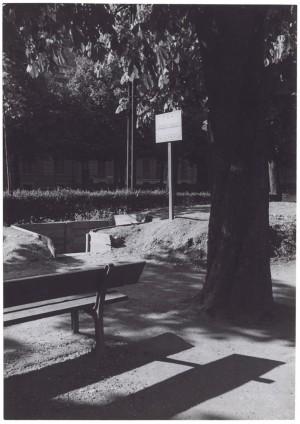 """s.l., esterno di un Ricovero Pubblico di Protezione Antiaerea """"Trincea per n. 24 persone"""". UPA 9F01-43. © Archivio Storico della Città di Torino"""