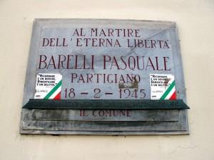 Lapide dedicata a Pasquale Barelli (1915 - 1944)