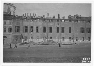 Palazzo Chiablese. Effetti prodotti dai bombardamenti dell'incursione aerea del 13 luglio 1943. UPA 3603_9D06-49. © Archivio Storico della Città di Torino/Archivio Storico Vigili del Fuoco