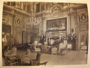 Foto storica del salone a pianoterra di villa Amoretti.