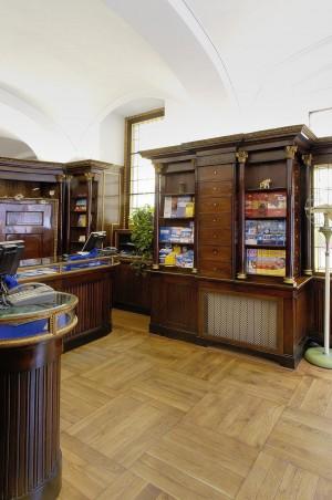 Malan Viaggi, ex Farmacia Bestente già Operti, interno, Fotografia di Marco Corongi, 2001 ©Politecnico di Torino