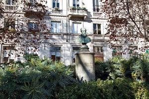 Silvestro Simonetta, Monumento ad Alessandro Borrella (veduta), 1871. Fotografia di Mattia Boero, 2010. © MuseoTorino.