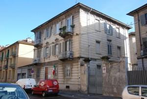 La palazzina di via Candia 6. Fotografia di Giuseppe Beraudo, 2011.