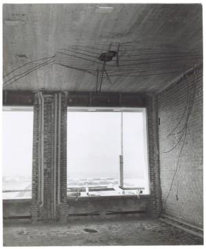 Corso Giovanni Agnelli. Fiat Mirafiori. Effetti prodotti dai bombardamenti del 4-5 dicembre 1940. UPA 0942D_9A01-61. © Archivio Storico della Città di Torino