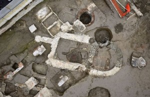 Il mausoleo absidato della fase funeraria del IV secolo, cantiere Lavazza, 2014 © Soprintendenza Archeologia del Piemonte