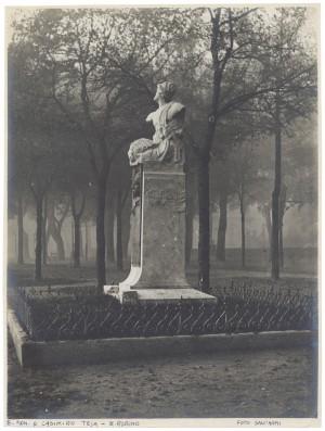 Edoardo Rubino, Monumento a Casimiro Teja, 1903. Fotografia di Giancarlo Dall'Armi, 1911-1928. © Archivio Storico della Città di Torino.
