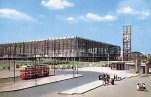 Palazzo del Lavoro con ingresso a Italia '61, 1961 © EUT circoscrizione 9