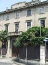Astanteria Martini, poi ospedale Luigi Einaudi. Facciata dell'ospedale su via Cigna e ingresso.  Fotografia L&M, 2011