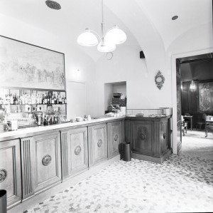 Caffè Elena, interno, 1998 © Regione Piemonte
