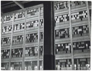 s.l. [Fiat Lingotto?]. Edificio industriale non identificato. Effetti prodotti dai bombardamenti del 6 settembre 1940. UPA 0401D_9A01-04. © Archivio Storico della Città di Torino